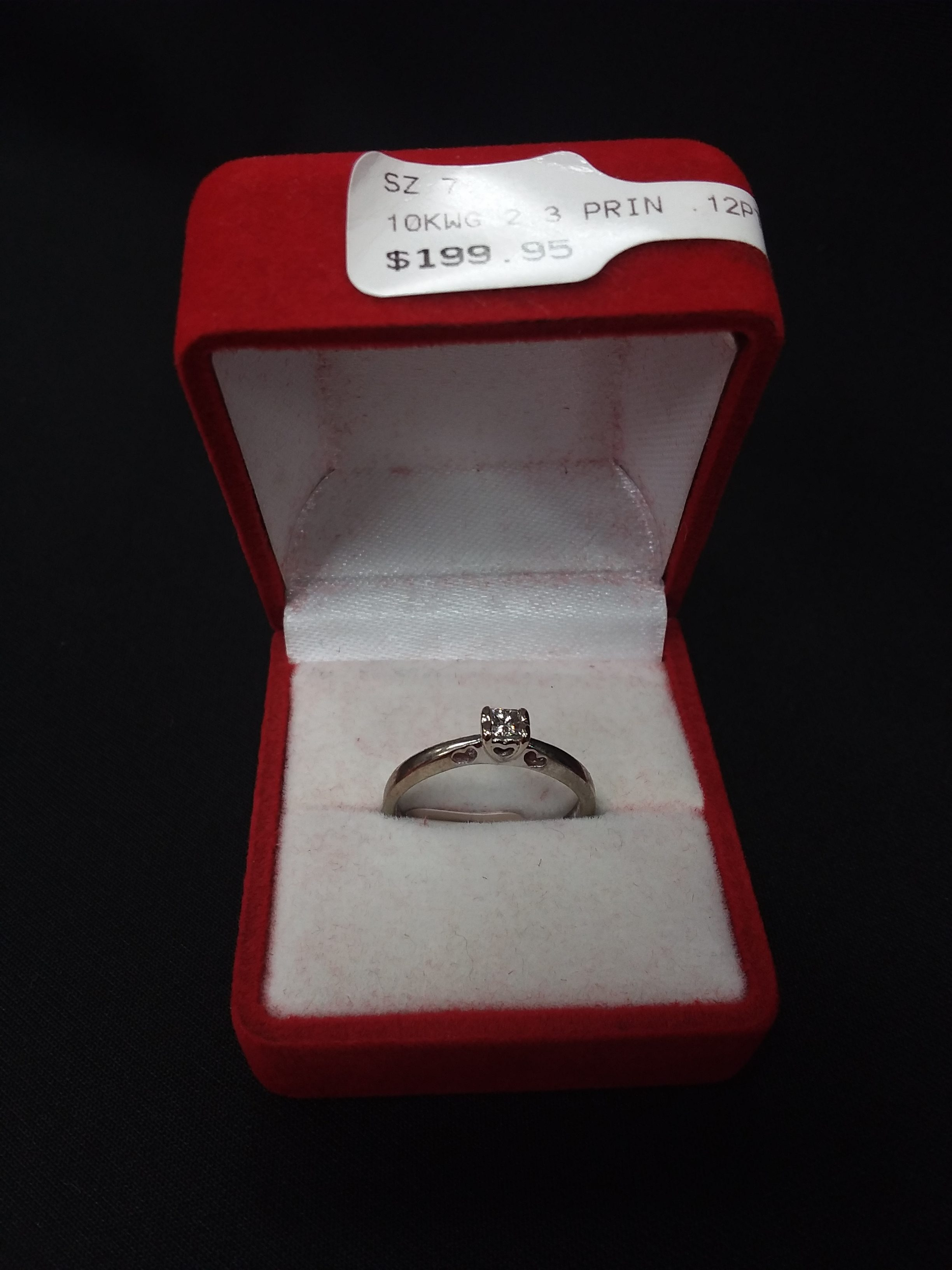 10KWG PRINCESS CUT PROMISE RING