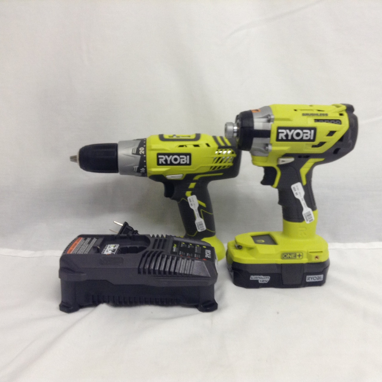Ryobi Drill And Impact 18v W/ Charger